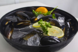 Blue Mussels Whole